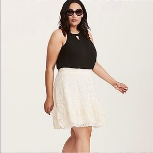 Torrid ivory cream mesh lace embroidered skirt 2X